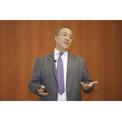 Boğaziçi Üniversitesi Kandilli Rasathanesi Meteoroloji Laboratuvarı Başkanı Meteoroloji Mühendisi Adil Tek